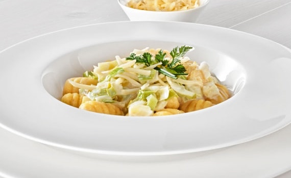 Gnocchi with Cheese and Leek Sauce