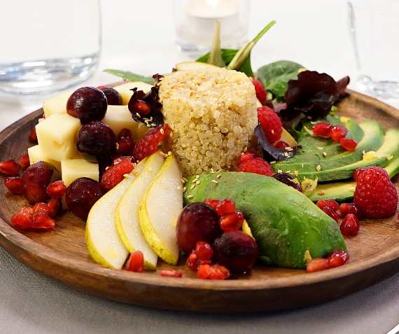 Avocado and Quinoa Salad with Cheese